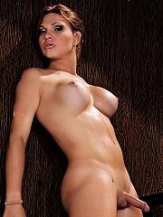 Sizzling ts hottie Ana-Paula Samadhi
